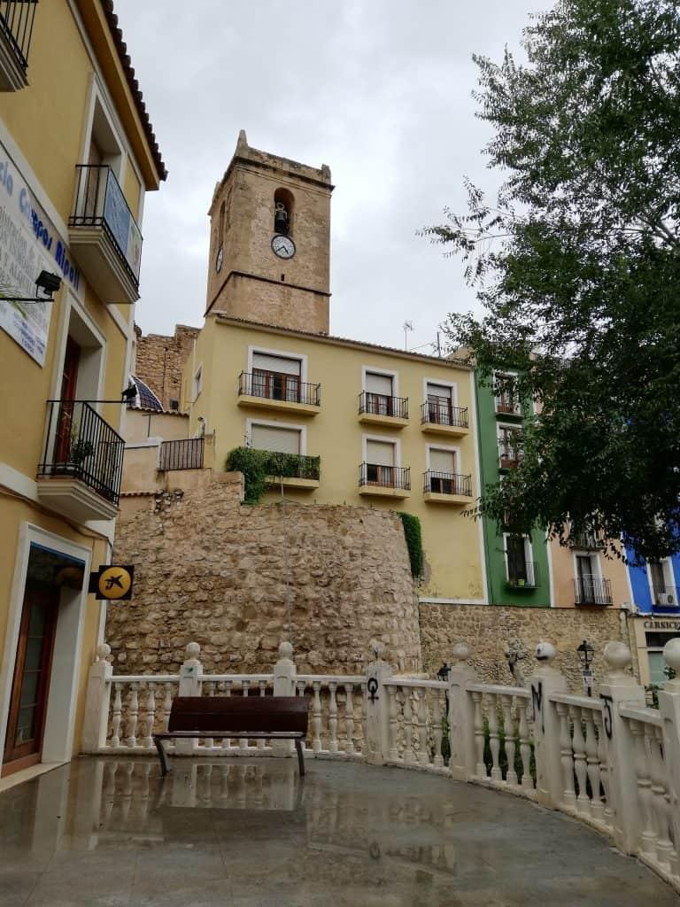 Villajoyosa murailles et église