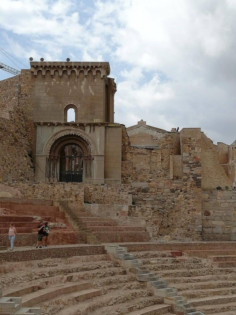 Theatre romain et cathedrale de Cartagena
